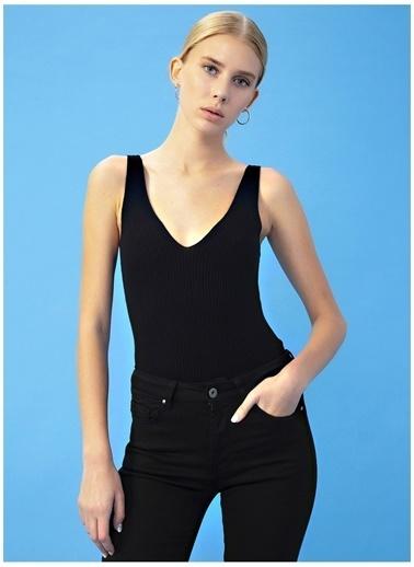 Derin Mermerci X Boyner Bluz Siyah